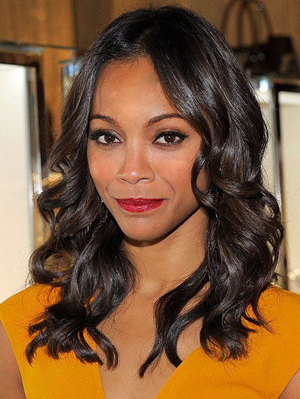zoe-Saldana's-holiday-hair